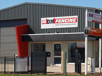 About D & M Fencing